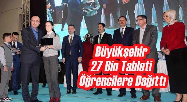 27 Bin Tablet Öğrencilere Dağıtıldı