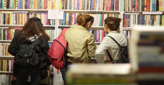 2 milyon kitap okurları karşılıyor