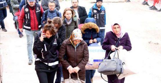 5 öğretmen FETÖ'den tutuklandı