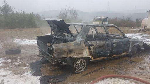 Alev alan LPG'li araç küle döndü