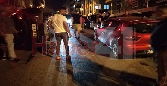 Ara sokakta kaza yapan araç yan yattı!