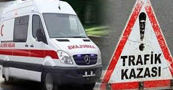 Bariyerlere çarpan araçtaki 5 kişi yaralandı!