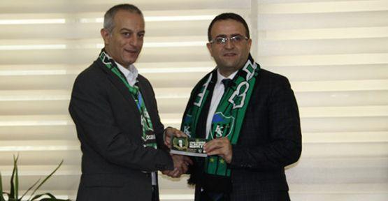 Baro'dan Kocaelispor'a 2 bin bilet desteği