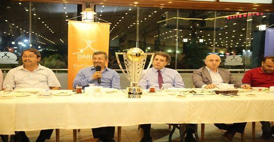 Başkan Karabacak bölge basınını sahurda ağırladı