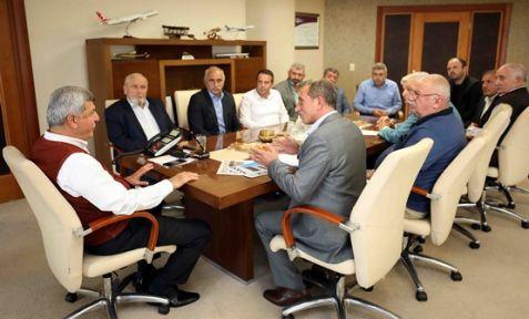 Başkan Karaosmanoğlu, ''Biz icraat kadrosuyuz''
