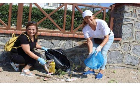 CHP 'den Dünya Çöp Toplama Günü'nde  Darıca'da temizlik