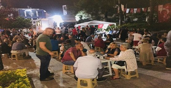 CHP Gebze'de ikram çadırı dolup, taşıyor…