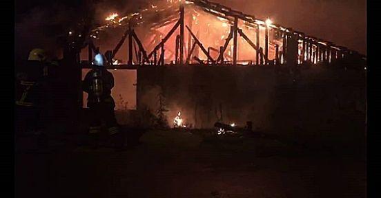 Çıkan yangına müdahale etmeye çalışan ev sahibi yaralandı!