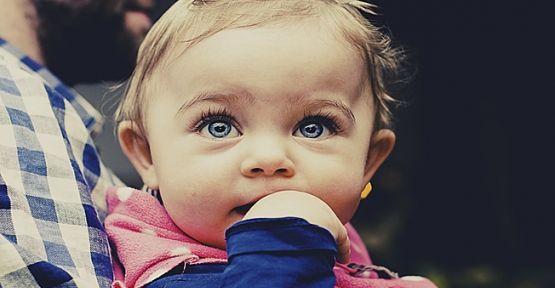 Çocuğunuzu Parmak Emme Alışkanlığından Kurtarın!