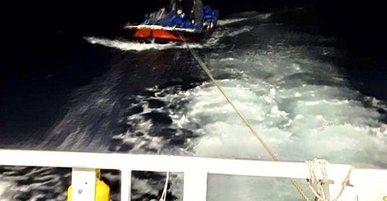 Darıca açıklarında motoru arızalanan tekne kurtarıldı!