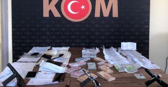 Dilovası'nda tefeci operasyonu;8 kişi tutuklandı!