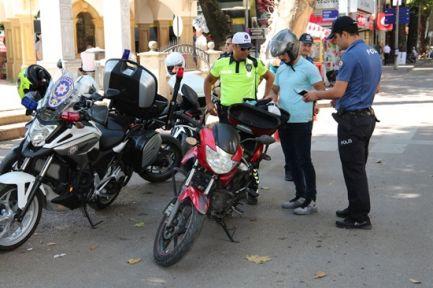 Emniyetten Motosiklet sürücülerine uygulama