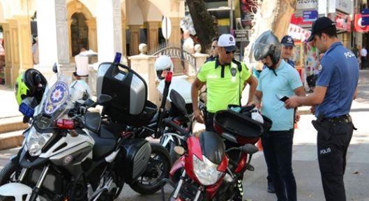 Eş Zamanlı Olarak ''Motosiklet Uygulaması''