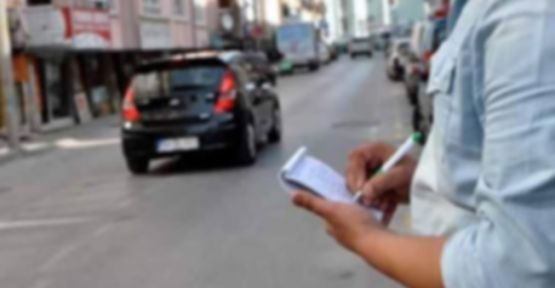 Fahri trafik müfettişi kafasına göre ceza mı kesiyor?