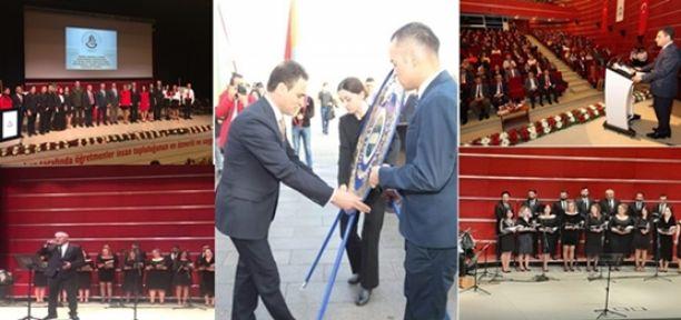 Gebze'de Alkışlar Öğretmenlere