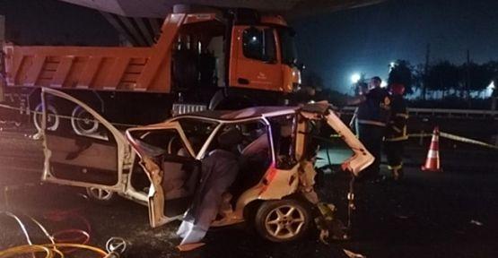 Gebze'de feci kaza : 3 ölü 4 yaralı