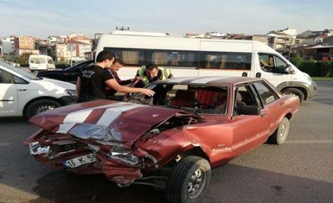 Gebze'de Trafik Kazası 2 Yaralı