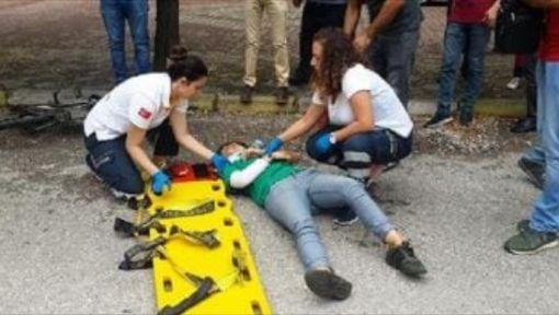 Gölcük'te bisikletin çarptığı genç kız yaralandı