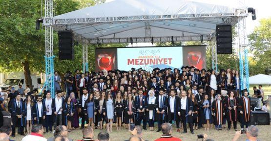GTÜ 2017-2018 Akademik Yılı Mezunlarını uğurladı