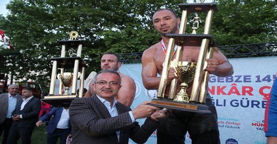 Hünkâr Çayırında Şampiyon Ali Gürbüz