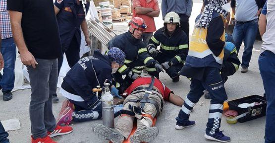 İnşaatta çalışan işçiler asansör boşluğuna düştü: 1'i ağır 2 yaralı