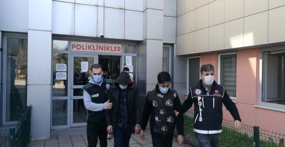 İranlı şahısların midelerinden 103 paket uyuşturucu çıktı!