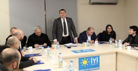 İYİ Parti Gebze ilk toplantısını yaptı