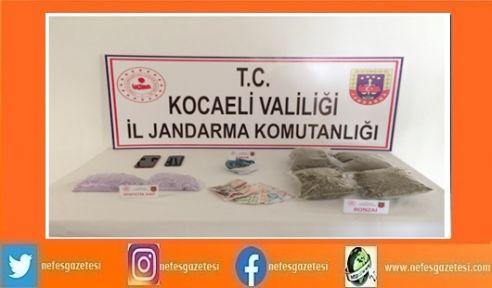 Jandarma'nın durdurduğu araçta uyuşturucu çıktı