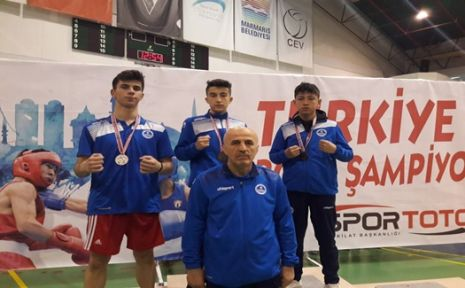 Kağıtsporlu Boksörler, Türkiye Şampiyonasında 3 Madalya Kazandı