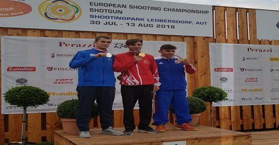 Kağıtsporlu Murat İlbilgi  Avrupa Şampiyonu