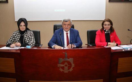 Karaosmanoğlu ''Gök kubbede hoş bir sada bıraktık''