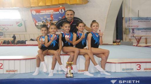 Kocaeli Olimpiyat Yıldızları Jimnastik Kulübü yıldızlarının başarısı