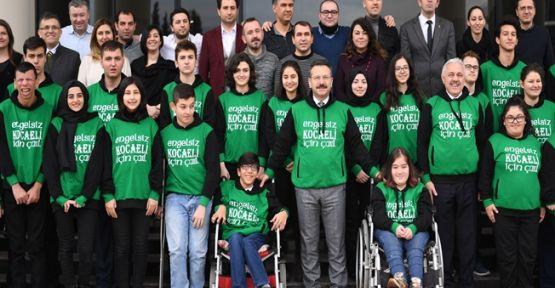 Kocaeli Valisi Hüseyin Aksoy Engelliler Haftasını Kutladı