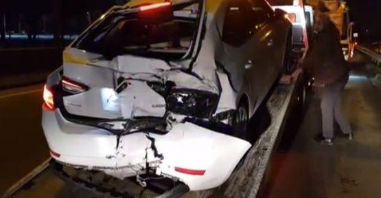 Kocaeli'de 3 araçlı zincirleme kaza;2 yaralı
