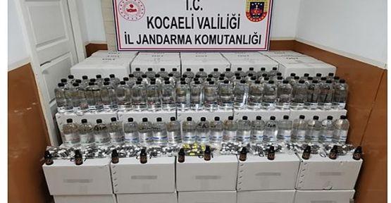 Kocaeli'de bir araçta yüzlerce litre etil alkol ele geçirildi!