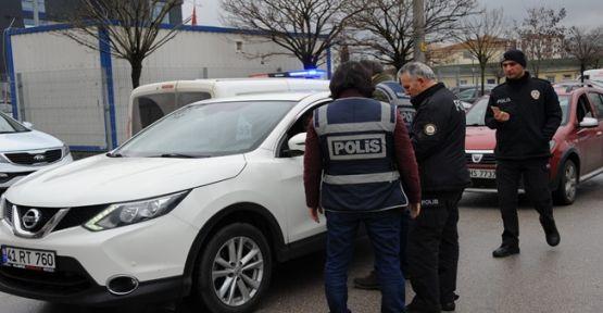 Kocaeli'de yapılan uygulamalarda 2 kişi yakalandı