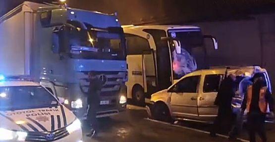 Kocaeli'de zincirleme trafik kazası : 5 yaralı!