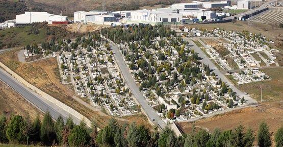Mezarlıklar'da Bakım Çalışmaları!