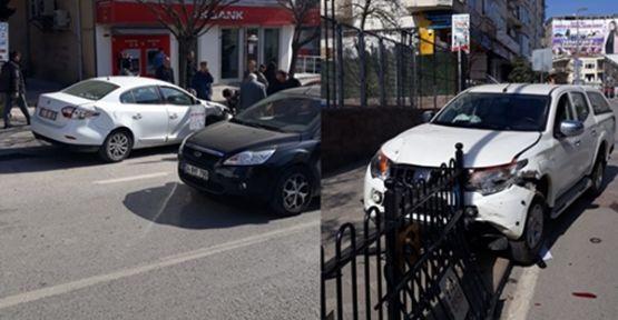 Okul Önünde Meydana Kazada 1 Kişi Yaralandı!