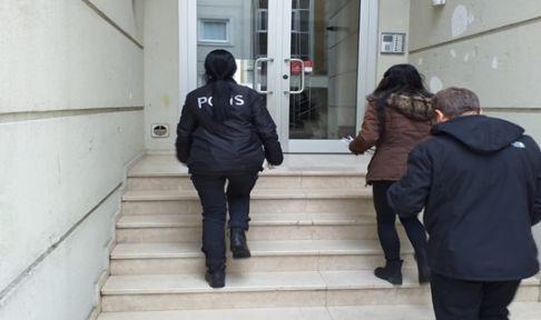 Polis onların kapısını tek tek çaldı!