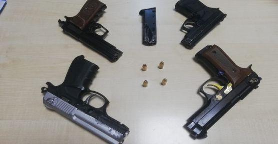 Polis'ten kaçarken silah ve uyuşturucuyu deniza attı!