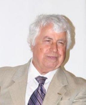 Prof.Abdulkadir  Akçin hayatını  Kaybetti