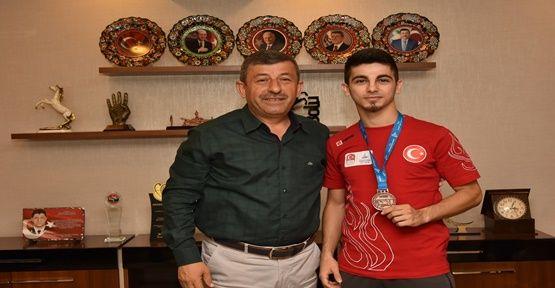 Şamdan'dan Akdeniz Oyunları'nda Altın Madalya!