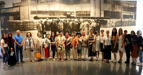 Seka Kağıt Müzesi, yabancı misafirleri ağırladı