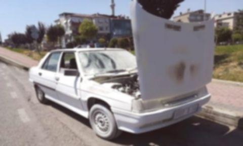 Seyir halindeki araç yandı!