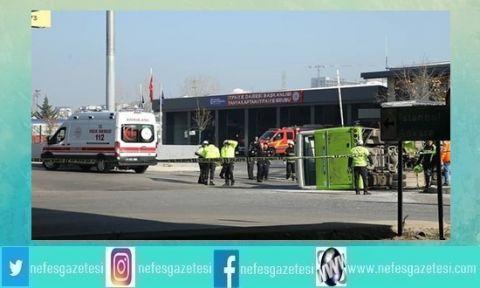 Tanker ile halk otobüsü çarpıştı: 25 yaralı