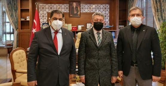 Tarihçi Rıdvan Şükür, Gebze Teknik üniversitesini ziyaret etti