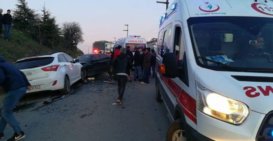Ters Yönden Gelen Ehliyetsiz Sürücü Kaza Yaptı:4 Yaralı