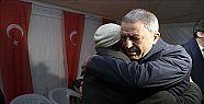 Akar, Erzurum'da Afrin Şehidimizin Ailesine...