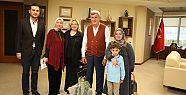 Başkan Karaosmanoğlu, ''Kitap sevdalısı...